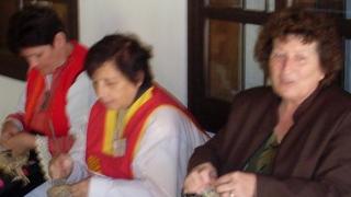 Плетене с царевична шума